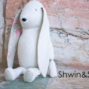 Free Bunny Doll Pattern || Shwin&ShwinFree Bunny Doll Pattern || Shwin&Shwin