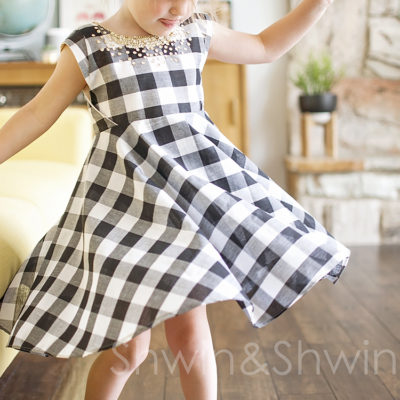 Gingham&Sequins || How to add sleeves to the Georgia Twirl