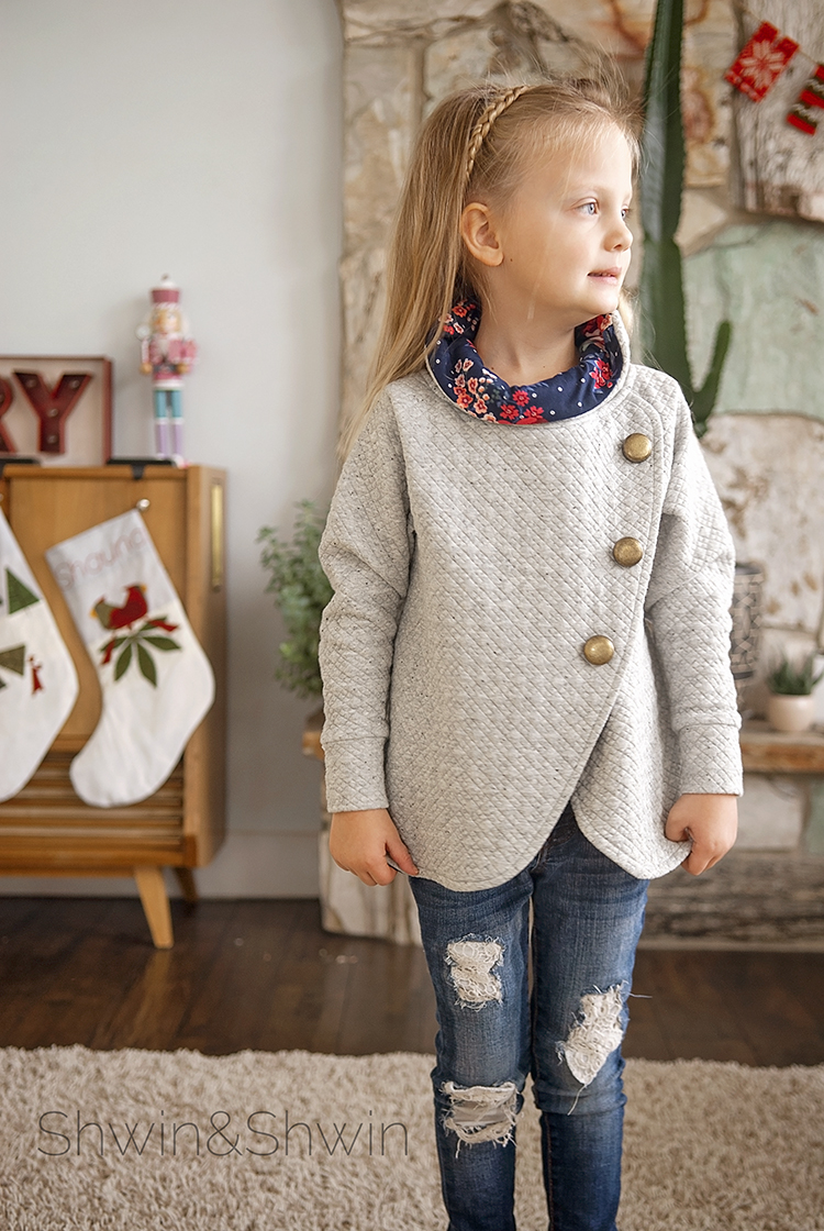 Lucy Sweater || A Pattern Hack